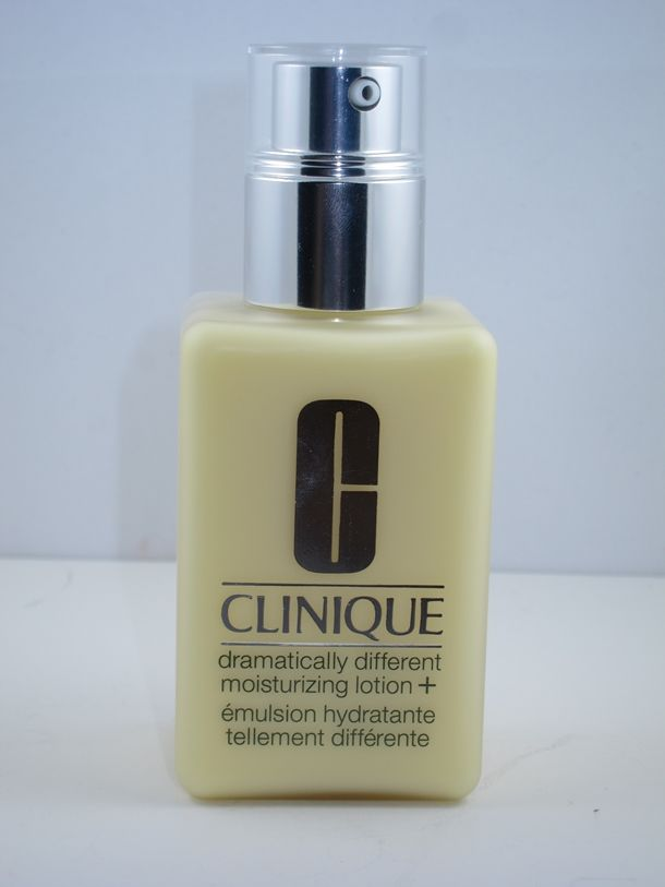 Clinique Dramatically Different Moisturizing Lotion+... New formulation is awesome but I wish there was an SPF in it!!!!