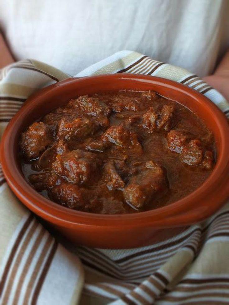 CINGHIALE IN UMIDO http://www.hotelsinsardegna.org/gourmet/piatti-tipici/secondi/