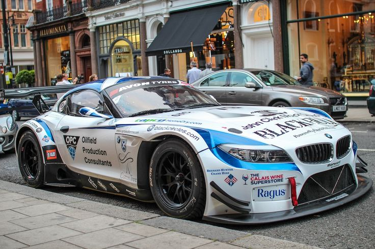 Now that's driving with style - BMW Z4 GT3 #petrolified #automotivated