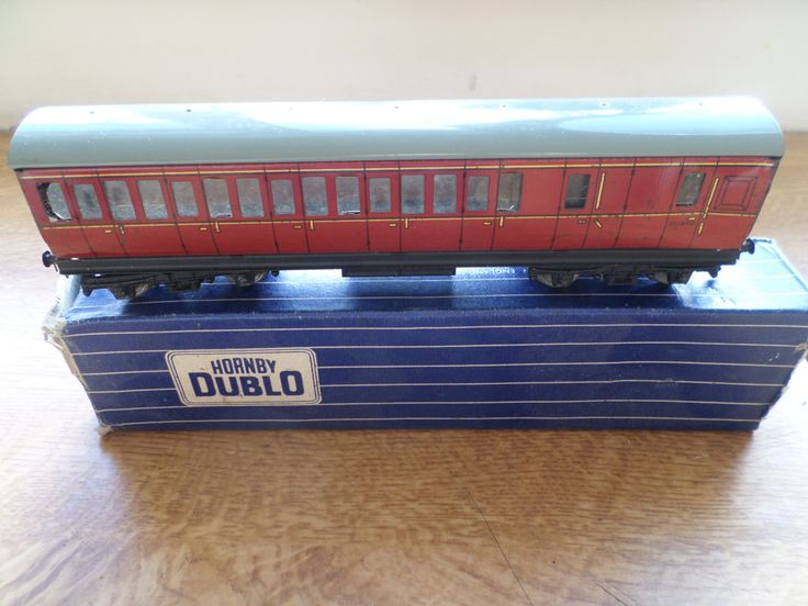 Hornby Dublo 00 Gauge Tinplate D14 Suburban Coach by RoseCollectable on Etsy