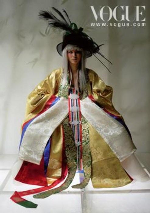 Wedding 한복 Hanbok / Traditional Korean dress
