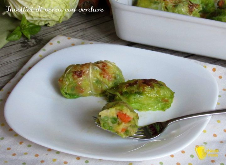 Involtini di verza con verdure ricetta vegetariana facile leggera al forno il chicco di mais