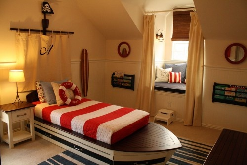Ahoy, matey!: Boats Beds, Home Staging, Toddlers Boys, Nautical Bedrooms, Boys Bedrooms, Boys Rooms, Boat Beds, Rooms Ideas, Kids Rooms