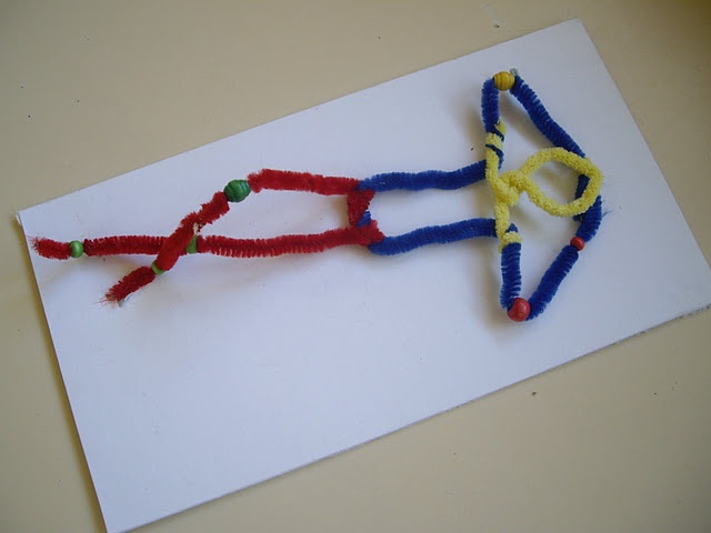 make pipe cleaner people with beads for joints to help teach figure drawing