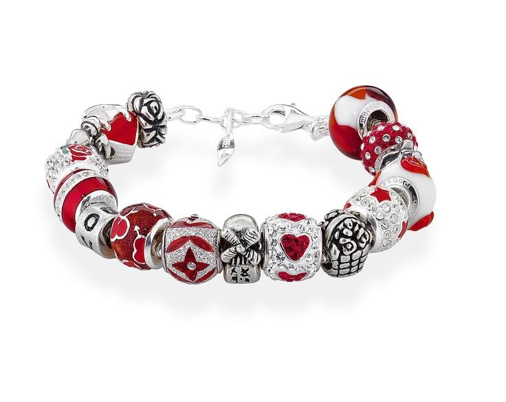 Amore & Baci red bracelet