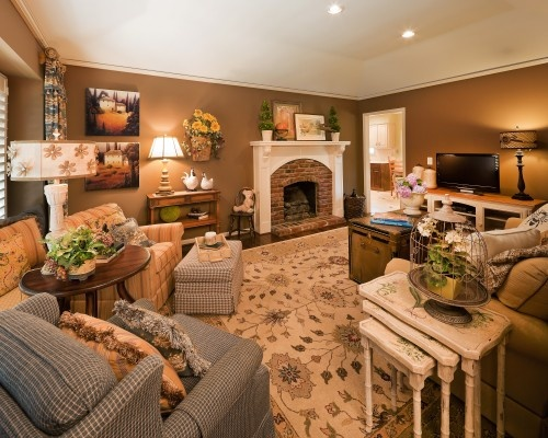 warm cozy family room i like the wall color home decor and