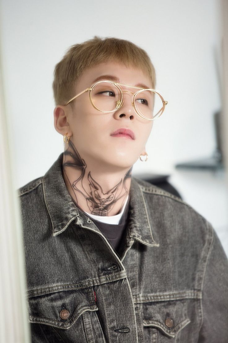 "[PHOTO] Starcast - Block B ""Montage"" Jacket Making 