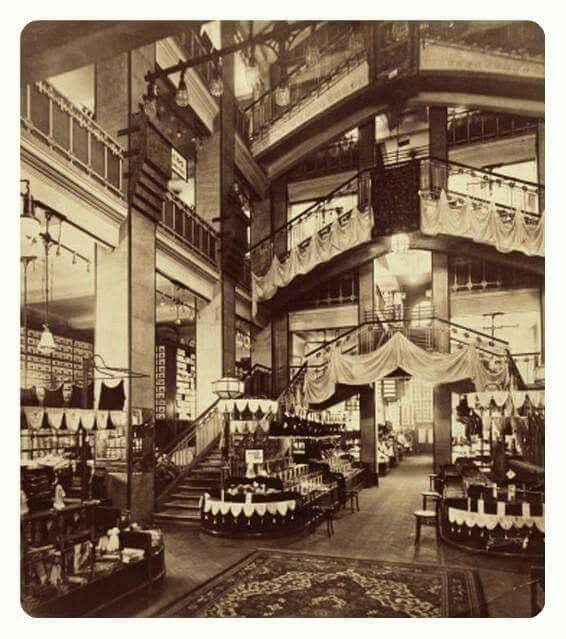 1911. Párizsi nagyáruház