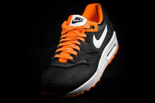 "Nike Air Max 1 ""Venom"" Sneakers - Highsnobiety"