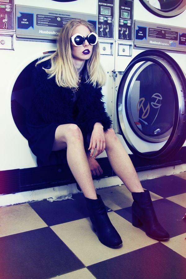 500px / Photo Laundromat photoshoot by Grace Robinson