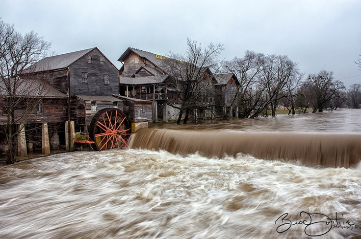 Visit The Old Mill On January 15 16 The River Was Rising