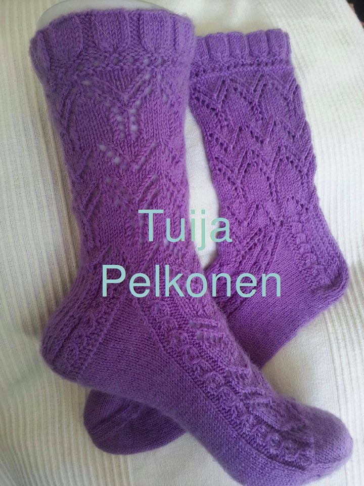 Yarn: Step Classic 4-ply / fingering. Needles: Zing no 2,25. Pattern: own pattern.