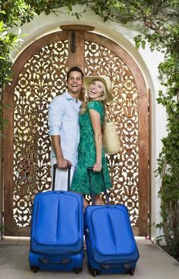 """The phrase """"resort casual wear"""" causes anxiety in many a cruise attendee with its seemingly oxymoronic nature. Is it casual? Is it formal? What kind of shoes can I wear? How long should my skirt be? While the exact rules may vary by specific resort or cruise, simply imagine that you are going to a country club with your grandmother."""