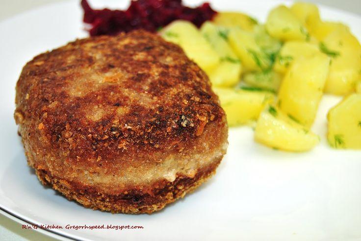 Mielone wcale nie muszą być nudne.                   Składniki  500 g mięsa mielonego wieprzowo-wołowego  2 serki śmietankowe Hochland  1 ...
