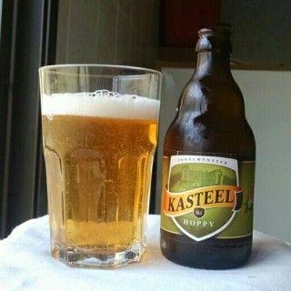 Kasteel Hoppy by Brouwerij Van Honsebrouck (Castle Brewery) - kit de Jul/2014 da @selecaocerveja