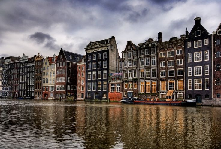 Amsterdam: Essential Tips Every Tourist Needs to Know