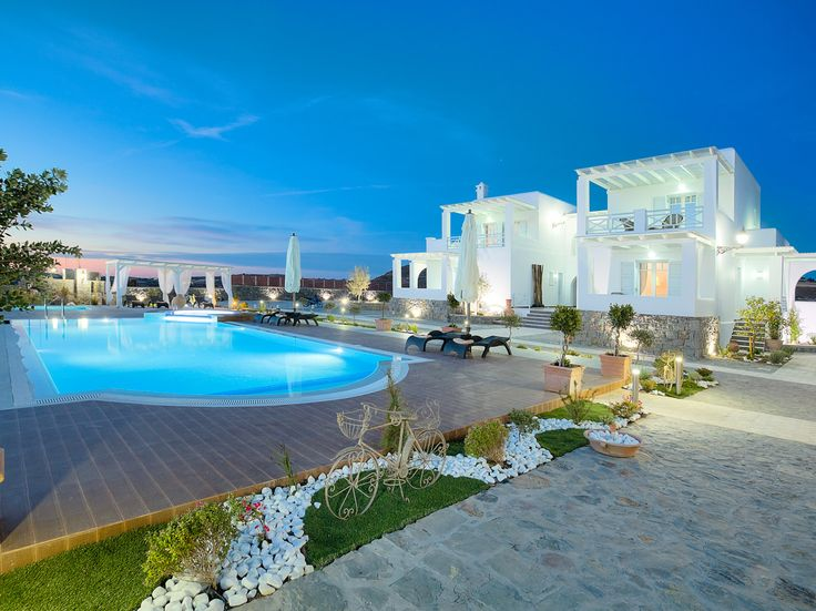 Invites you to relax!  #greece #milos #suites
