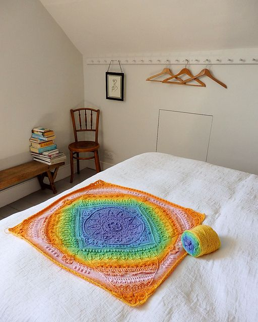 Of all the Whirl projects Jenny has made so far, her Whirl Sophie is my favourite! It is just so bright and beautiful.