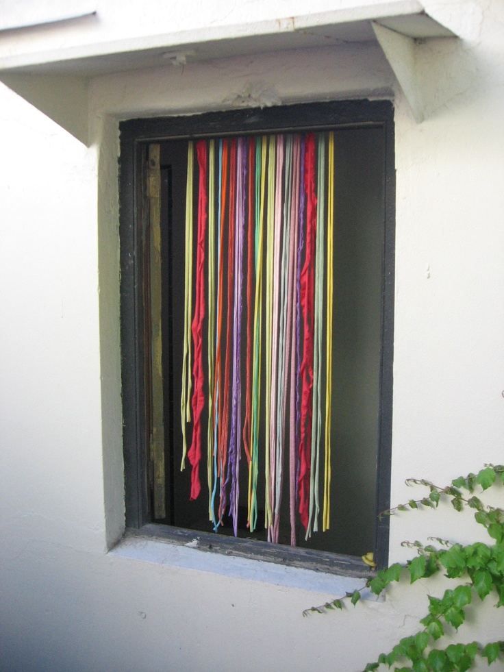 Las 25 mejores ideas sobre cortinas de tiras en pinterest - Cortinas hechas en casa ...