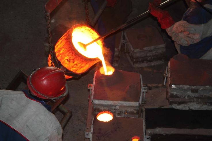 Bronze Age Foundry. Amazing bowls made by craftsman.