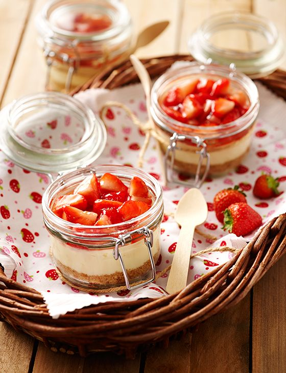 Individual strawberry and cream cheesecakes
