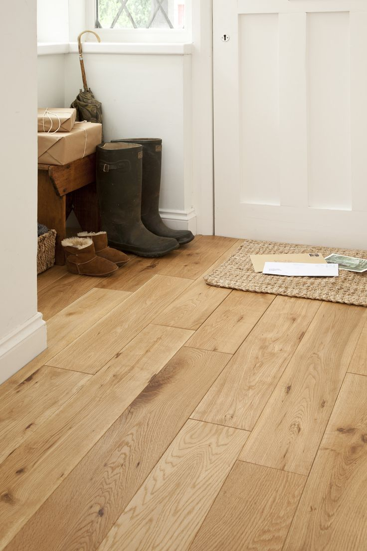 FLOORING: Oak Laminate. Love the solid oak look.