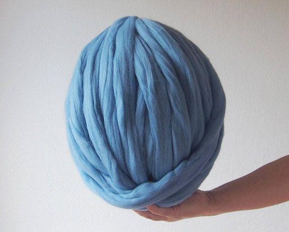 Mira este artículo en mi tienda de Etsy: https://www.etsy.com/es/listing/550407183/lana-xxl-azul-merina-laine-merinos-xxl