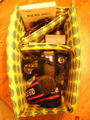 another yet similar option for a pattern to sew my own camera bag.