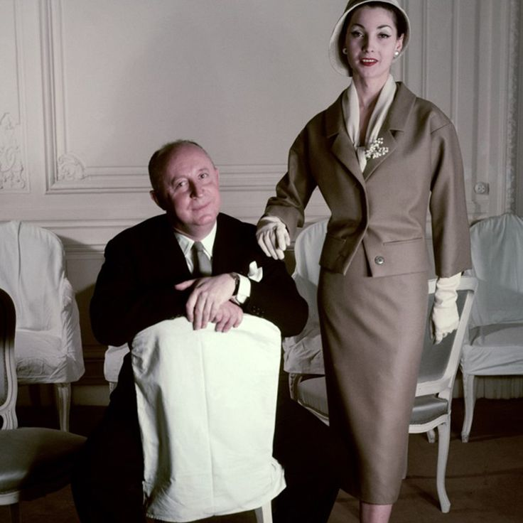 DOM MODY CHRISTIAN DIOR CZ. 1 - Christian Dior (1946-1957) - MORE -> MPPSKIRT.PL
