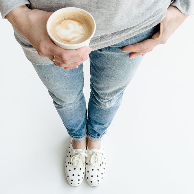 Coffee obliged in this middle of the week  Psst These polka dots sneakers are 50% off! ............................. Café obligé en ce millieu de semaine  Psst Ces petites espadrilles à pois sont en solde à 50%! #monvestibule