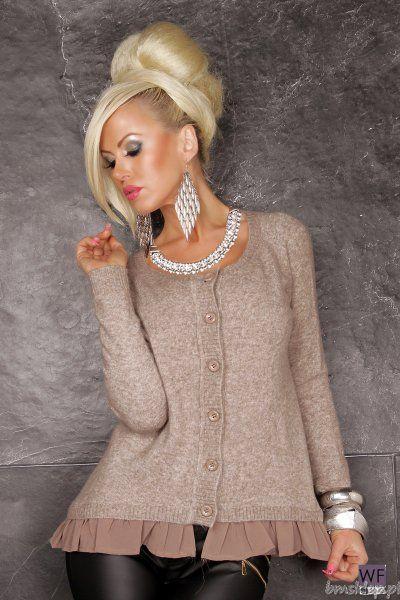 Elegancki, zmysłowy sweter z miękkiej dzianiny z dodatkiem wełny, Dół swetra wykończony szyfonem. Dostępne rozmiary: S/M i M/L.... #Swetry - http://bmsklep.pl/rozpinany-sweter-
