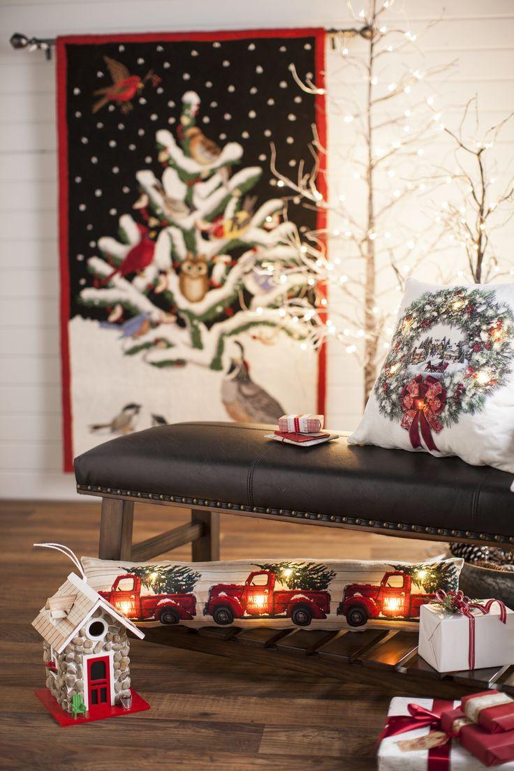 Light, bright and joyful! Find hundreds of holiday ideas