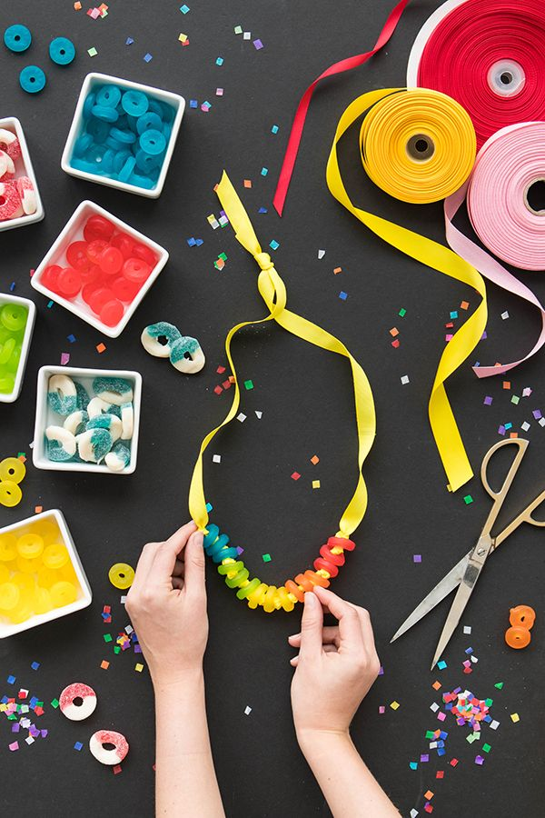 What kid wouldn't love a supply of candy around their neck?! Today's super-easy DIY is perfect for last minute birthday party favors. All you need is candy – anything with a hole will work! We used gu