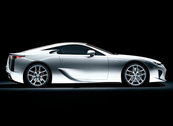 lexus sports car 2013