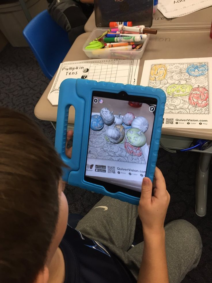 """Tiffany Harris on Twitter: """"Using @quivervision for our Pumpkin Day celebration @FishcreekSMFCSD in Room2! https://t.co/ICRi2Vthlg"""""""