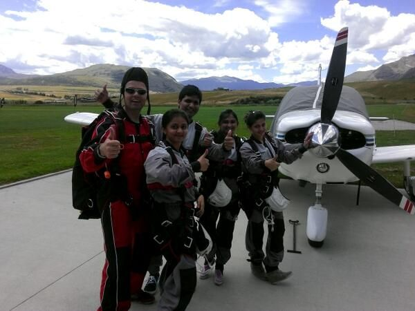 Happy tandem master Henk and excited customers about to jump #nzone #queenstown #skydiving