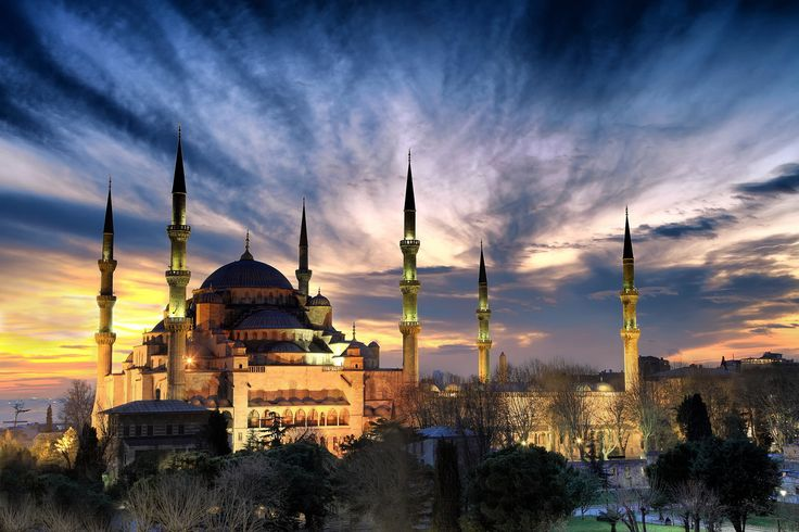 Sultan Ahmet ( Blue Mosque ) by Erdal Suat   on 500px