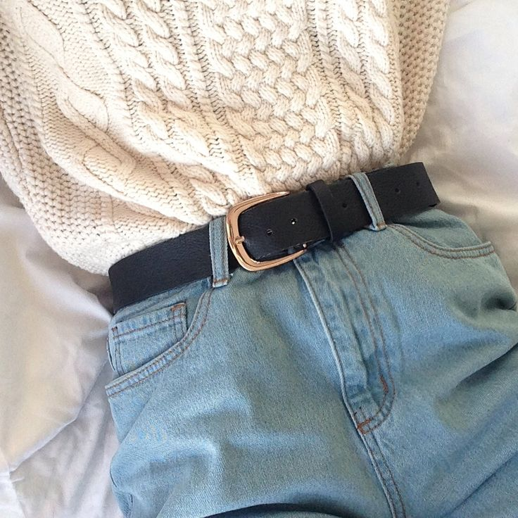 Today's outfit // mom jeans: missguided cream... - hot tea ♡