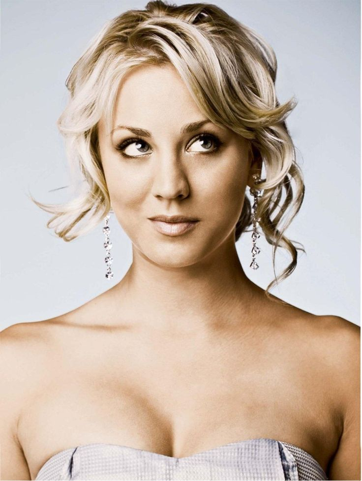 Kaley Cuoco.  loved her on Charmed and love her even more on Big Bang
