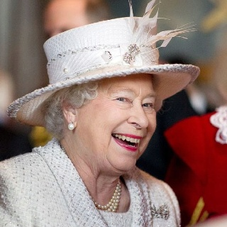 Queen Elizabeth on the royal barge during the Diamond Jubilee - Investors Europe Stock Brokers Gibraltar