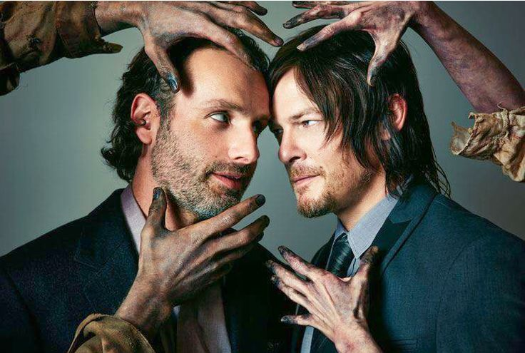 Andrew Lincoln and Norman Reedus/Rick and Daryl: Now Kiss