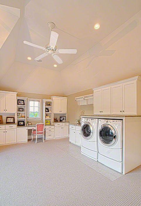 Craft room/ laundry room