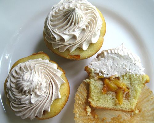 Peach Cobbler Cupcakes with Cinnamon Buttercream | Bake It in a Cake