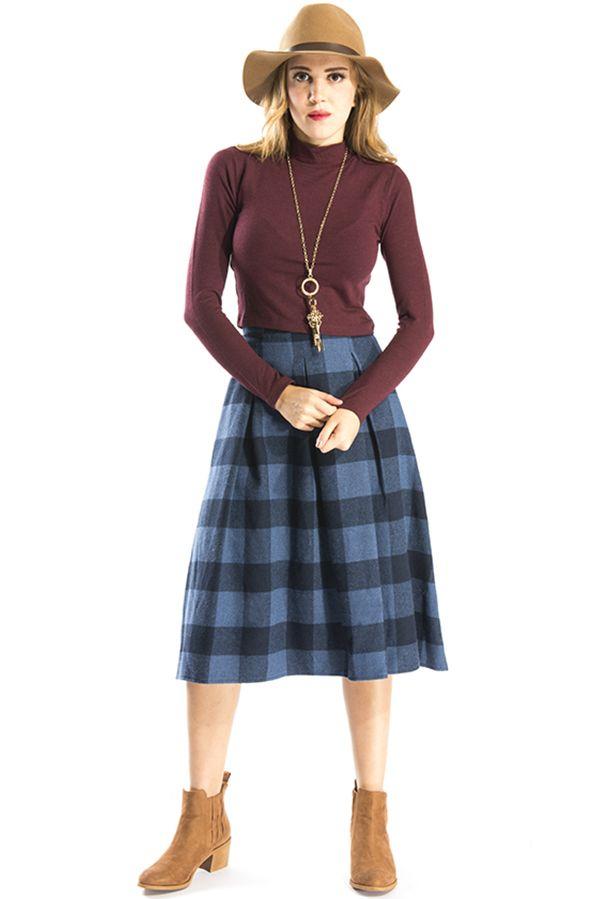 Kadın sokak modasına yön veren Bsl Fashion 'dan şık bir kombin. Ayrıntılı bilgi ve alışveriş için www.bslfashion.com ' u ziyaret edebilirsiniz. #moda #fashion #kadin #giyim #sokakmodasi #stil #etek #kombin #bluz #tarz #great #nice