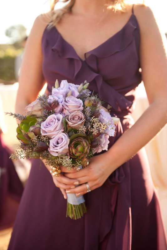 see how the lilac pops against plum dresses?
