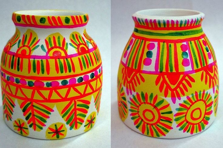 """All Filimonovsky toys -  are molded from a local plastic clay """"Scenic"""", which gives after firing white crock. Unique in its properties to the clay, makes it possible to master all the sculpture of mold in one piece, ensuring beautiful on the plastic, expressive forms. After drying, the product is calcined in muffle furnaces. Aniline dyes painted on the varnish."""
