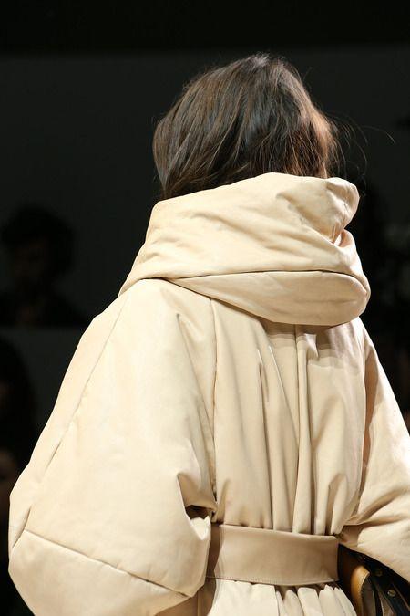 Chloé Slideshow on Style.com