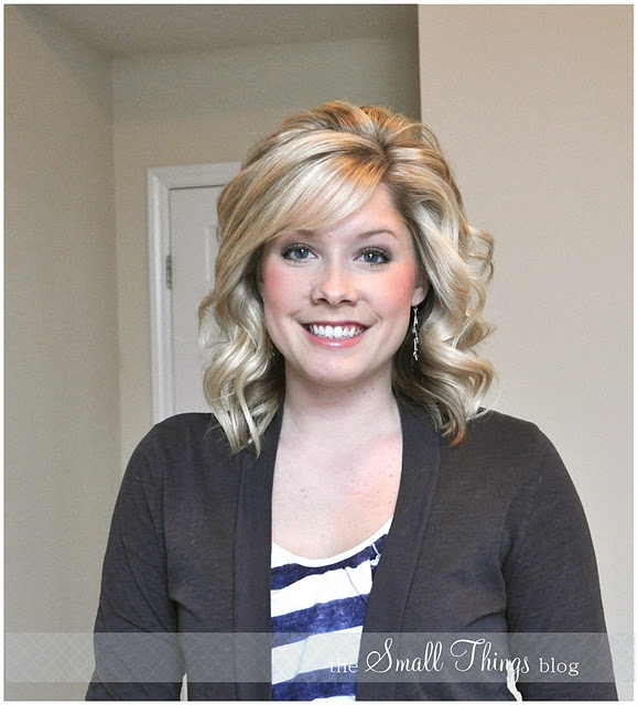 The Small Things Blog: Curling with a Flat Iron I like her