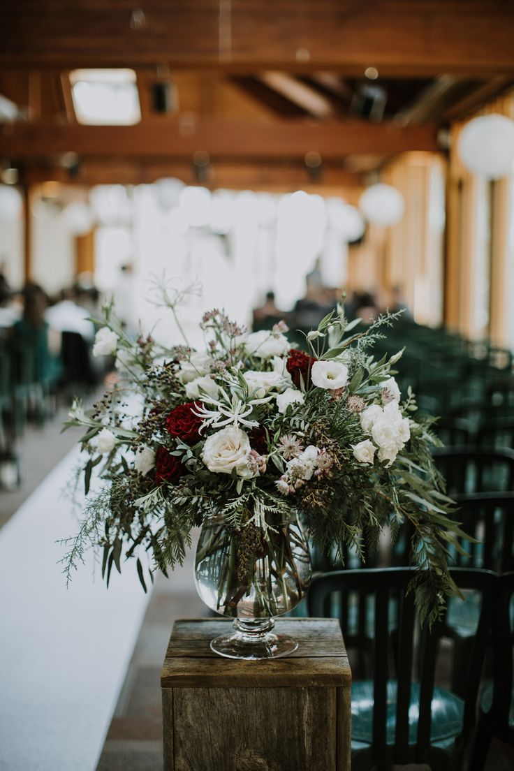 Snowberry Botanicals Florist Shop Toronto // Wedding // Flowers // Muskoka Wedding Photographer ©Eleanor Dobbins Photography