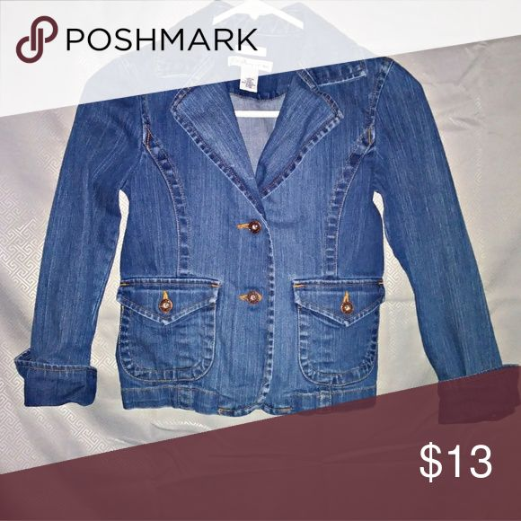 Old Navy Jean Jacket In great like new condition no rips no stains Old Navy Jackets & Coats Jean Jackets